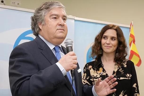 Arturo Martínez renunció como candidato del PP a la alcaldía de Torrelodones