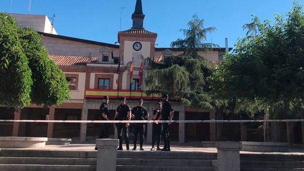 Dos exalcaldes del PP de Las Rozas y dos exconcejales de Robledo de Chavela investigados