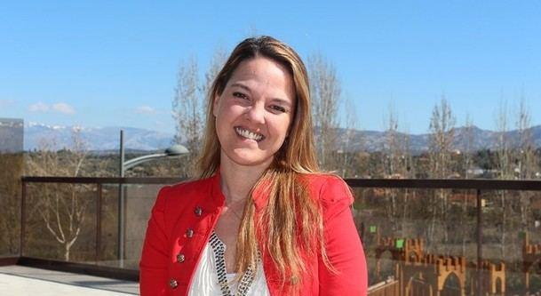 La candidata a la alcaldía del PP de Galapagar, Carla Greciano, preocupada por la división del voto en la derecha