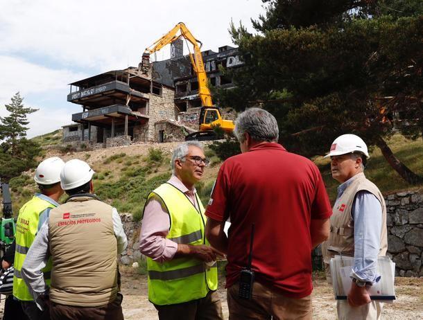 La Comunidad de Madrid inició la demolición del Club Alpino de Guadarrama y la restauración ambiental