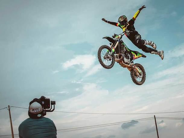 II Freestyle motocross solidario de Navacerrada