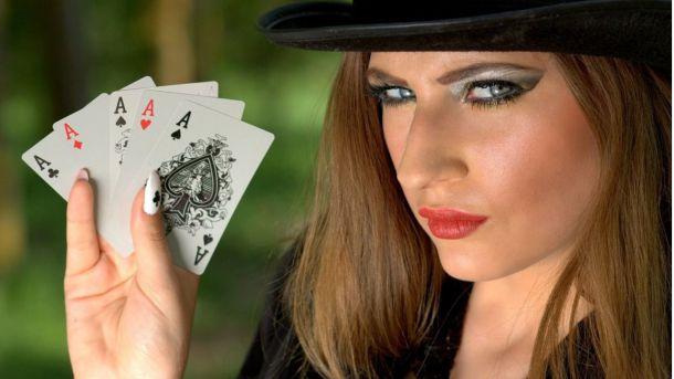El papel de las mujeres en el mundo del poker