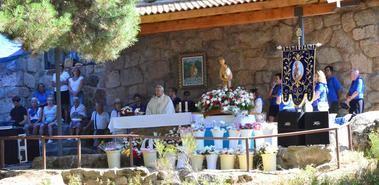 La paella popular y las carreras de cintas se unen a la tradicional Romería de la Virgen de la Jarosa