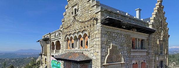La Comunidad de Madrid sanciona por abandono con 1.000 euros mensuales a los propietarios del Canto del Pico de Torrelodones
