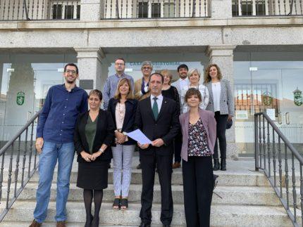 El Ayuntamiento de Alpedrete firma el convenio para remodelar la Estación de Cercanías de Mataespesa