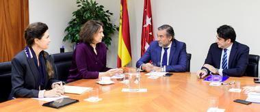 La Comunidad de Madrid pide a jueces y fiscales agilizar los trámites legales para combatir las ocupaciones ilegales de inmuebles