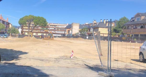Paralizadas las obras de remodelación de la Plaza de los Belgas de Collado Villalba