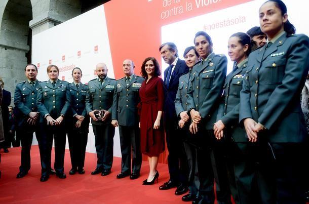 Díaz Ayuso aseguró ayer que la violencia contra la mujer es 'inaceptable e inasumible'